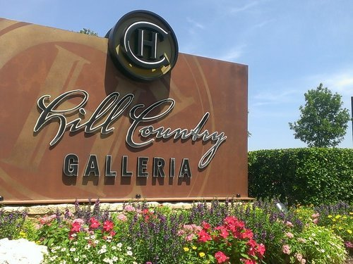 hill-country-galleria-1